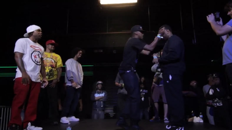 Aye Verb vs Daylyt